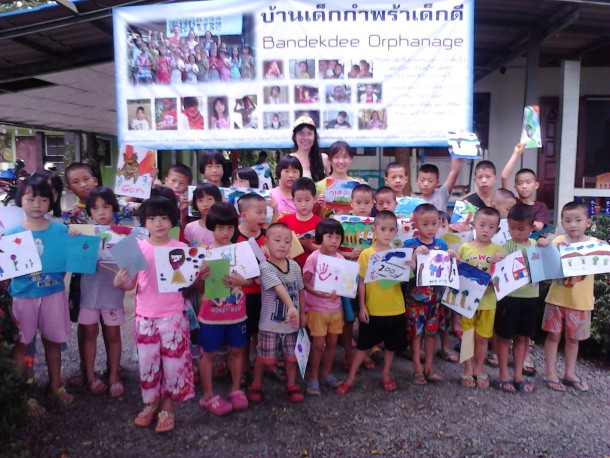 global-arts-at-bandekdee-orphanage-northern-thailand_